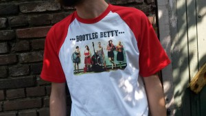 Shirt Bootleg Betty (front)